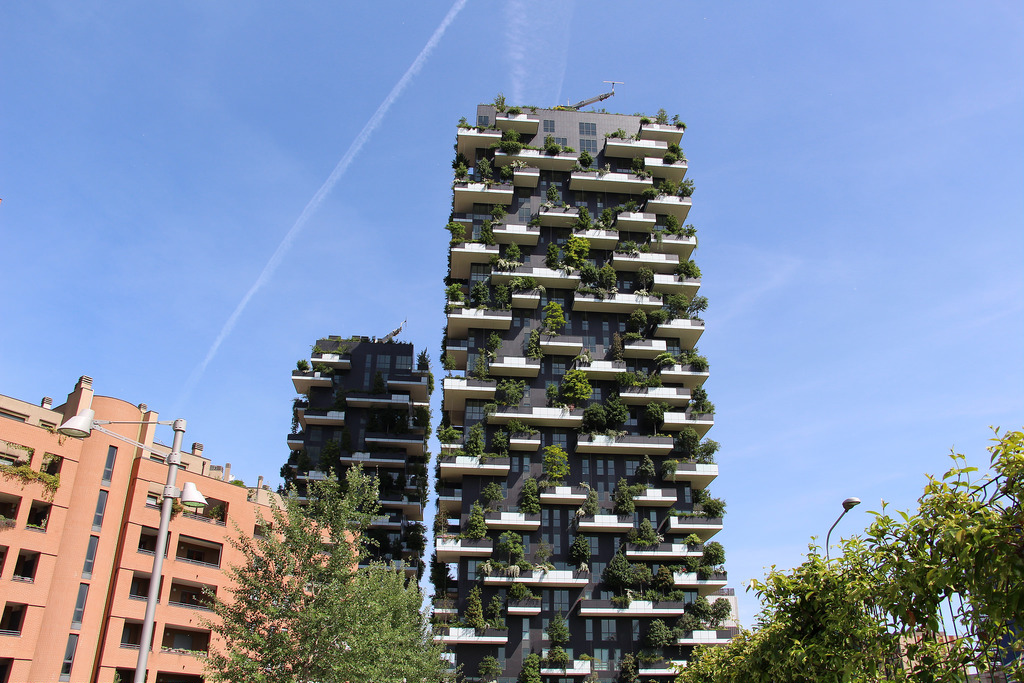 bosco verticale photo